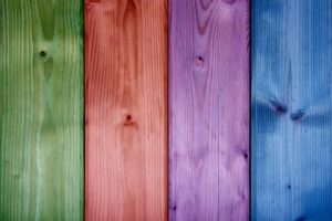 Cómo pintar sobre madera