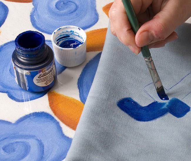C mo pintar ropa como - Como pintar telas a mano ...