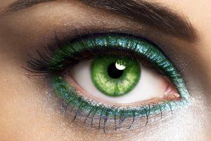 Cómo pintar los ojos verdes