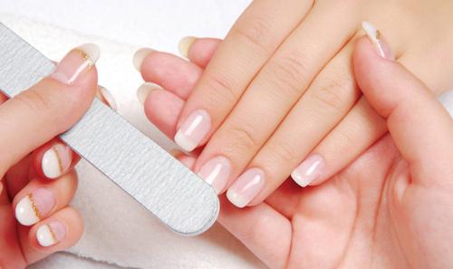 Cómo limar uñas