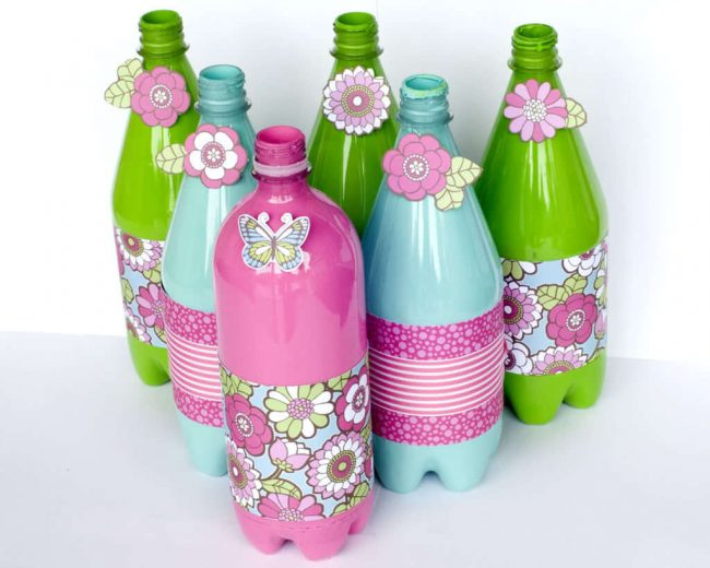 Cómo pintar botellas de plástico